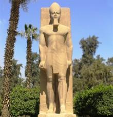 На что посмотреть в Египте: Статуя Рамзеса в Мемфисе